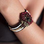 Украшения ручной работы. Ярмарка Мастеров - ручная работа Чёрнo-белый браслет с цветком, FRIDA, с кристаллами и пайетками. Handmade.