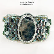 Украшения handmade. Livemaster - original item Beaded bracelet Mountain Flowers green massive bracelet. Handmade.
