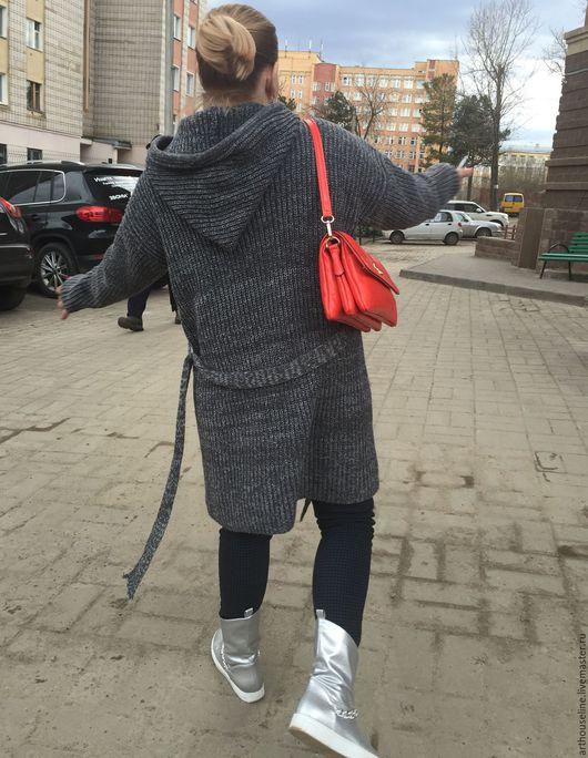 Кофты и свитера ручной работы. Ярмарка Мастеров - ручная работа. Купить крутейшее вязаное пальто-кардиган с капюшоном. Handmade. Серый