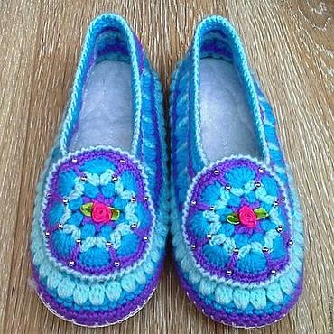 Обувь ручной работы. Ярмарка Мастеров - ручная работа Вязаные тапочки на кожаной подошве. Handmade.