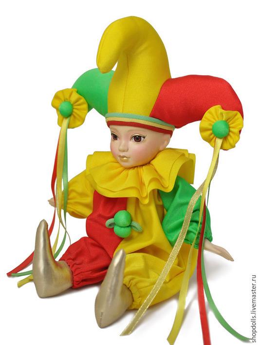 Коллекционные куклы ручной работы. Ярмарка Мастеров - ручная работа. Купить Кукла арлекин трёхрогий красно-жёлто-зелёный. Handmade.