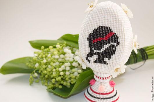 """Подарки на Пасху ручной работы. Ярмарка Мастеров - ручная работа. Купить Яйцо из бисера """"Дама"""". Handmade. Белый, дама"""