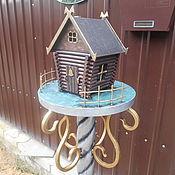 Бревенчатый домик из металла, декор экстерьера, бронзовый цвет