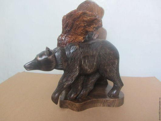 """Статуэтки ручной работы. Ярмарка Мастеров - ручная работа. Купить Композиция """"Медведь """". Handmade. Коричневый, медведь, липа, морилка"""