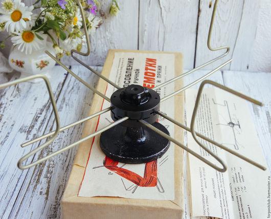 Винтажные сувениры. Ярмарка Мастеров - ручная работа. Купить Приспособление для перемотки ниток, пряжи. Handmade. Комбинированный, пряжа, Нитки, продаю