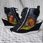 """Обувь ручной работы. Ярмарка Мастеров - ручная работа Роспись по обуви. Босоножки """"Ёжик в тумане"""". Handmade."""