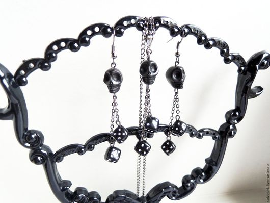 Готика ручной работы. Ярмарка Мастеров - ручная работа. Купить Кулон и серьги «Skull and craps» (in black). Handmade.