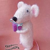 Куклы и игрушки ручной работы. Ярмарка Мастеров - ручная работа Крыс Дарио валяная игрушка. Handmade.