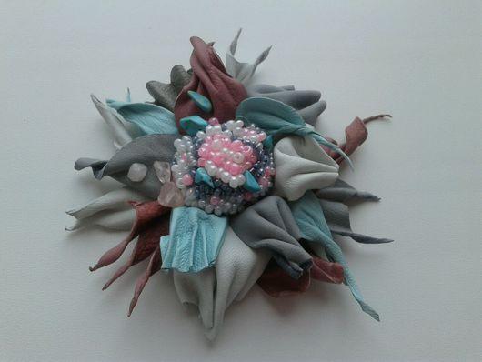 Заколки ручной работы. Ярмарка Мастеров - ручная работа. Купить Цветок из кожи. Handmade. Кожа натуральная, ручная работа
