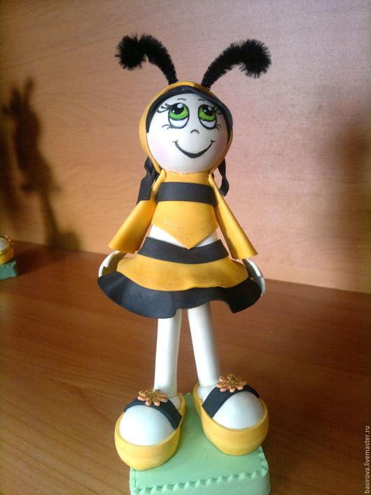 Человечки ручной работы. Ярмарка Мастеров - ручная работа. Купить Куклы из фоамирана Пчелки. Handmade. Желтый, подарок ребенку, фоамиран
