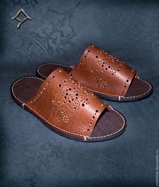 Обувь ручной работы. Ярмарка Мастеров - ручная работа. Купить Кожаные открытые тапочки. Handmade. Кожаные тапочки, ручная прошивка