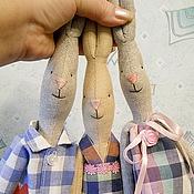 """Куклы и игрушки ручной работы. Ярмарка Мастеров - ручная работа """"Дружная семейка"""". Худые зайцы Тильды. Handmade."""