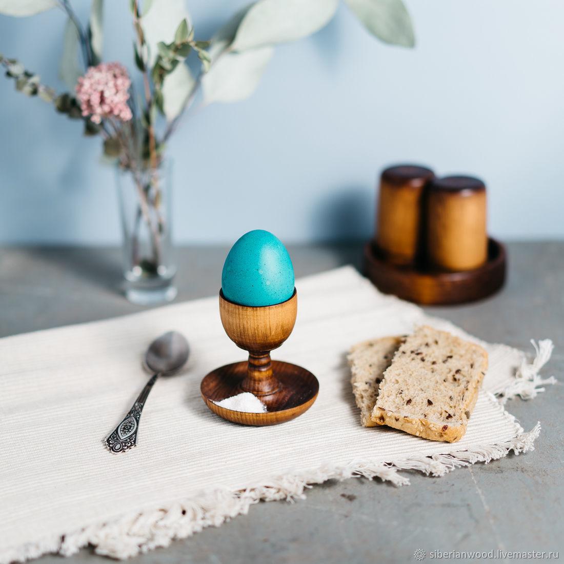 Деревянная подставка для яйца с солонкой Сибирский Кедр #ES8, Яйца, Новокузнецк,  Фото №1
