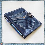 Канцелярские товары ручной работы. Ярмарка Мастеров - ручная работа Обложка джинсовая для сменного блока-5. Handmade.
