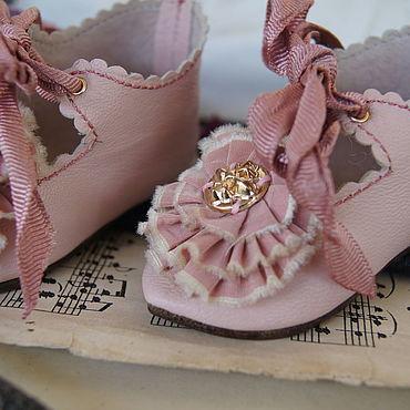 """Куклы и игрушки ручной работы. Ярмарка Мастеров - ручная работа Обувь для Антикварной и современной куклы """"Dusty rose"""". Handmade."""