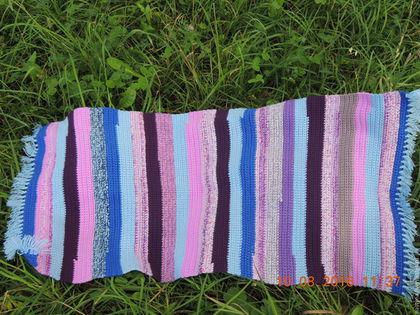 Текстиль, ковры ручной работы. Коврик вязанный