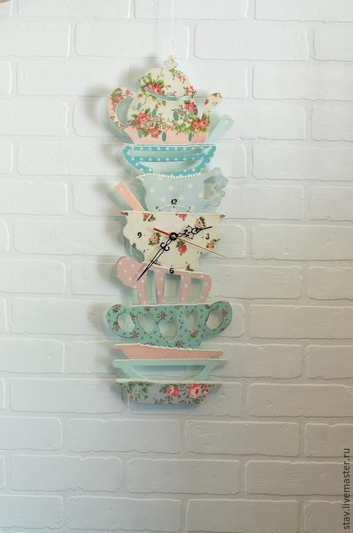Часы для дома ручной работы. Ярмарка Мастеров - ручная работа. Купить Часы декупаж прованс,шебби,винтаж,голубой,розовый,гора посуды. Handmade.