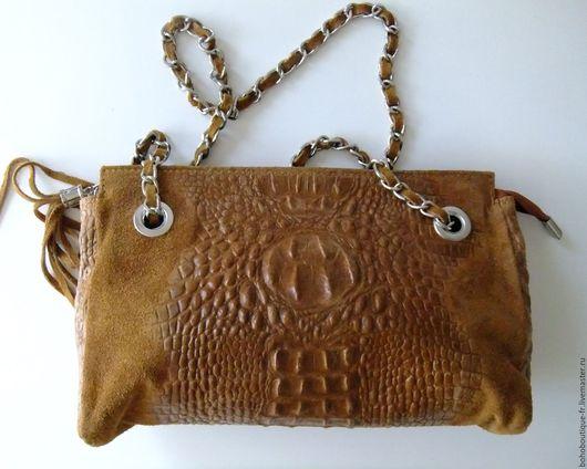 Женские сумки ручной работы. Ярмарка Мастеров - ручная работа. Купить Театральная сумочка из коричневой   замшы  с выделкой. Handmade. Коричневый