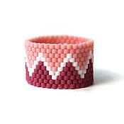 Украшения ручной работы. Ярмарка Мастеров - ручная работа Широкое женское кольцо в розовых тонах Яркое украшение из бисера. Handmade.