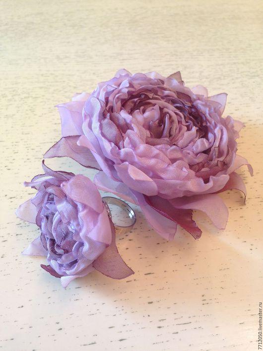 сиреневый комплект украшений брошь кольцо с цветком из ткани недорогой подарок приятные вещи украшение из шифона для мамы подруги коллеги соседки купить брошь бледно-сиреневый
