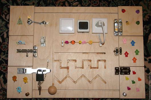 Развивающие игрушки ручной работы. Ярмарка Мастеров - ручная работа. Купить Развивающая доска (Бизиборд). Handmade. Развивающая игрушка