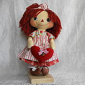 """Куклы и игрушки ручной работы. Ярмарка Мастеров - ручная работа Тряпичная кукла """"Иришка с сердечком"""". Handmade."""