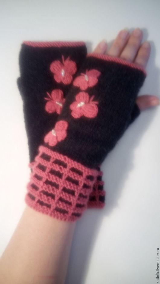 Варежки, митенки, перчатки ручной работы. Ярмарка Мастеров - ручная работа. Купить Митенки розовые бабочки. Handmade. Коралловый
