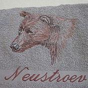 """Полотенца ручной работы. Ярмарка Мастеров - ручная работа Полотенце с вышивкой """"Медведь"""", именное. Handmade."""