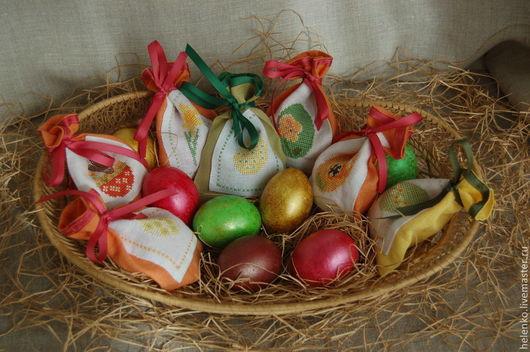 Подарки на Пасху ручной работы. Ярмарка Мастеров - ручная работа. Купить Льняные подарочные мешочки для Пасхальных яиц. Handmade.
