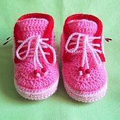 Работы для детей, ручной работы. Ярмарка Мастеров - ручная работа пинетки-кроссовки. Handmade.