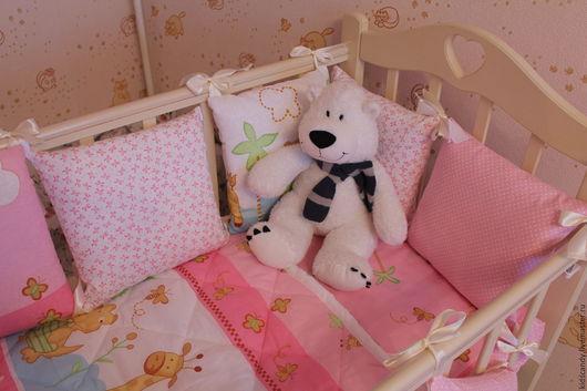 Детская ручной работы. Ярмарка Мастеров - ручная работа. Купить Комплект для новорожденных в кроватку Забава. Handmade. Бледно-розовый