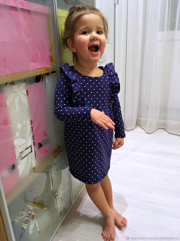 Платье для девочки в горошек, трикотаж