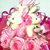 Цветы и флористика ручной работы. Ярмарка Мастеров - ручная работа Букет из конфет с игрушками. Handmade.