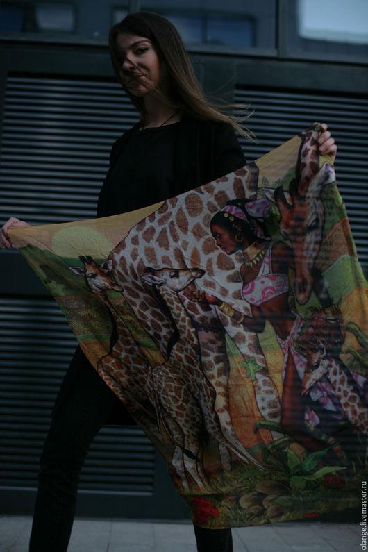 Легкий арт-платок с авторским принтом `Килиманджаро сафари` (из шелковистого модала)