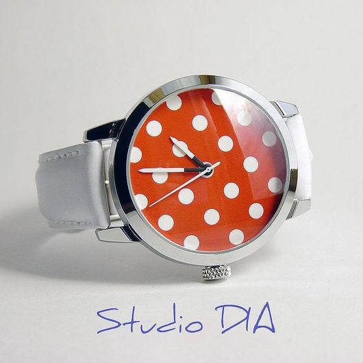 Оригинальные Дизайнерские Часы Горошек Красно-Белый. Студия Дизайнерских Часов и Кулонов DIA.