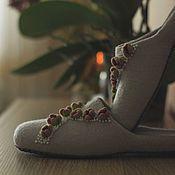 """Обувь ручной работы. Ярмарка Мастеров - ручная работа """"Зимний сад"""" валяные тапочки. Handmade."""