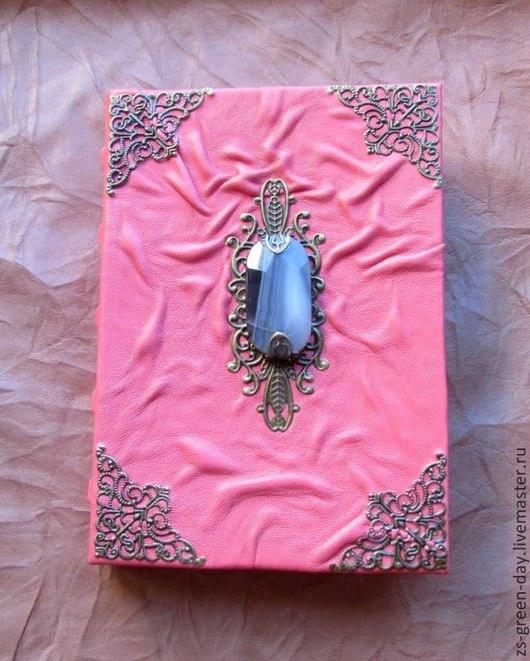 Подарки для влюбленных ручной работы. Ярмарка Мастеров - ручная работа. Купить Дневники  Европы - агат 4. Handmade. Коралловый
