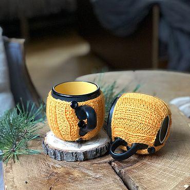 Посуда ручной работы. Ярмарка Мастеров - ручная работа Пара пузатых кружек в вязаных свитерах «Хэллоуин». Handmade.
