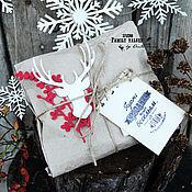 Подарки к праздникам ручной работы. Ярмарка Мастеров - ручная работа Гирлянда из снежинок (натур.дерево) в подарочной упаковке. Handmade.