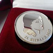 Подарки к праздникам ручной работы. Ярмарка Мастеров - ручная работа Монета серебряная с портретом. Handmade.
