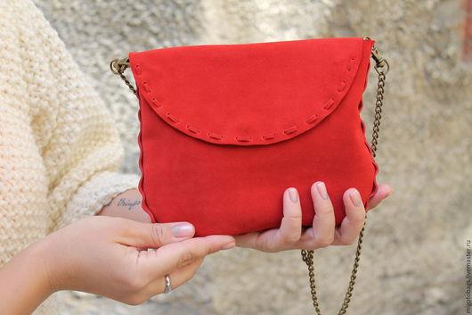 Женские сумки ручной работы. Ярмарка Мастеров - ручная работа. Купить замшевая сумочка. Handmade. Ярко-красный, migotobags