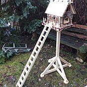 Для дома и интерьера ручной работы. Ярмарка Мастеров - ручная работа Терем Деда Мороза-кормушка для птиц и белок. Handmade.