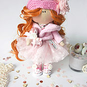 Статуэтки ручной работы. Ярмарка Мастеров - ручная работа Статуэтки: Интерьерная куколка из ткани. Handmade.