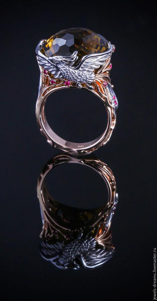 Золотое кольцо с Фениксом