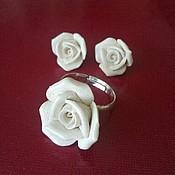 """Украшения ручной работы. Ярмарка Мастеров - ручная работа комплект """" белые розы"""" фарфор. Handmade."""