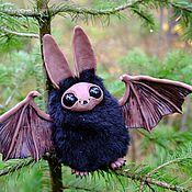 Куклы и игрушки ручной работы. Ярмарка Мастеров - ручная работа Летучая мышь Мышонок Нетопырь Вампир Игрушка Сказочное создание. Handmade.