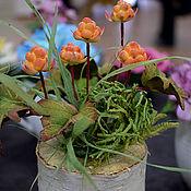 Цветы и флористика ручной работы. Ярмарка Мастеров - ручная работа Морошка, композиция. Handmade.