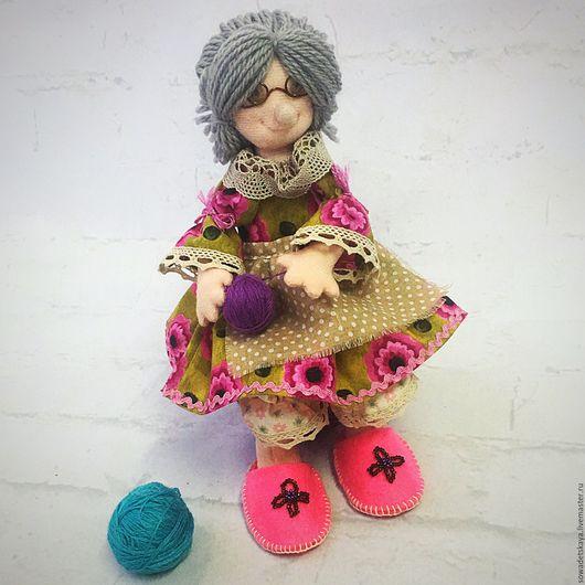 Коллекционные куклы ручной работы. Ярмарка Мастеров - ручная работа. Купить Бабушка Глаша. Текстильная интерьерная кукла. Handmade. Брусничный