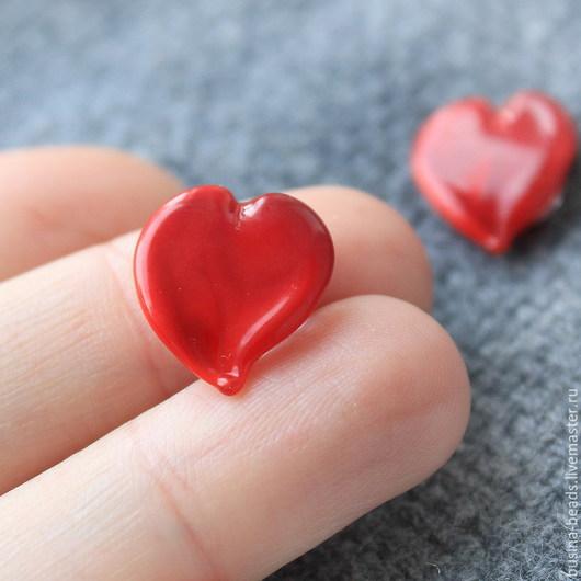 Бусины стеклянные ручной работы в технике лэмпворк / lampwork для сборки украшений  Бусина сердце  для сборки украшений, например в качестве подвесок в серьгах, колье или браслетах, или в кольца