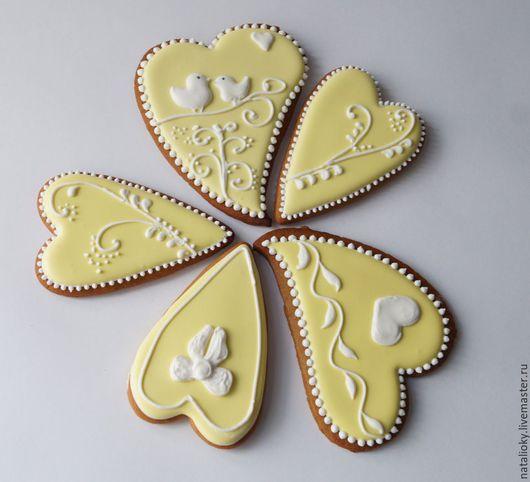 """Кулинарные сувениры ручной работы. Ярмарка Мастеров - ручная работа. Купить набор  """"для влюблённых"""". Handmade. Белый, имбирное печенье"""